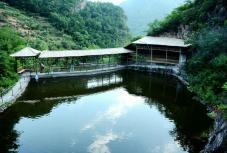 千鹤谷休闲渔业观光园